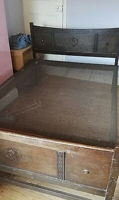 Vono Antique bed