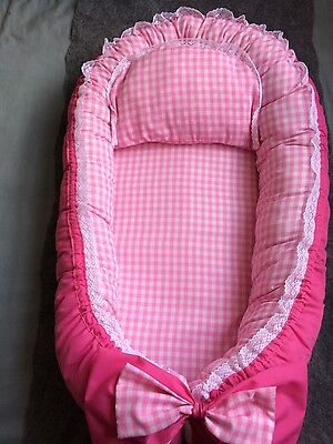 New Baby Nest Pod ,travel cot with removable cover and pillow, 0-12m