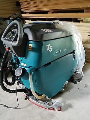 Tennant T5 Slightly Used 35 hrs