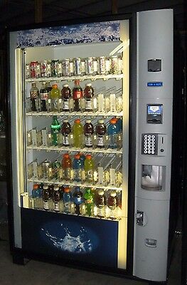 Drink soda Machine Dixie Narco 5800 Glass front with Elevator (Bottles & Cans)
