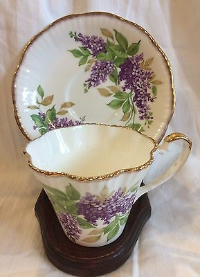 Teacup Salisbury Lilac cup and saucer bone china England gold hand painted vtg