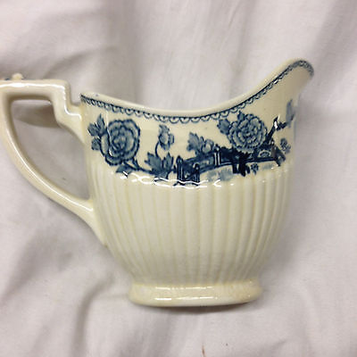 Ridgway England Hanover Creamer 10 Oz Blue Floral Embossed Ribs