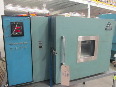 Benchtop Oven Temperature Test Chamber Associated Environmental Systems SK-3105