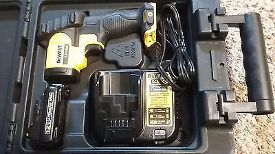 DeWalt Laser Temperature Meter Infrared Thermometer, LCD Indicator, DCT414S1