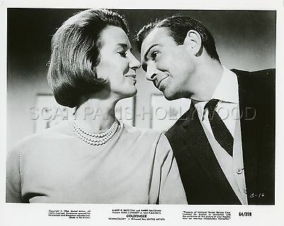 James Bond 007 Sean Conneryhonor Blackman  Goldfinger 1964 Vintage Photo #33 R70