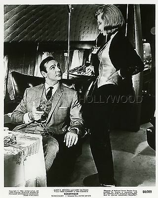James Bond 007 Sean Connery Honor Blackman Goldfinger 1964 Vintage Photo #37 R70