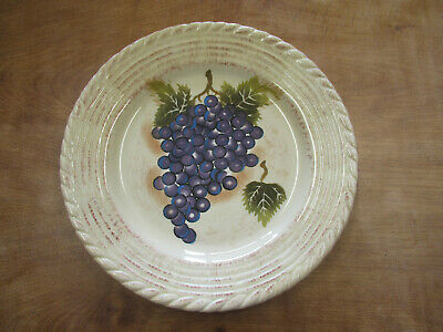 Tabletops Gallery VINTAGE GRAPE SCALLOPED Set of 5 Dinner Plates 11 3/8""