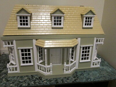 Lovely green 2-storey doll house dollhouse with furniture
