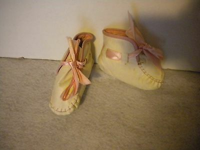 Vintage White Leather Baby Booties Pink Ribbon Laces