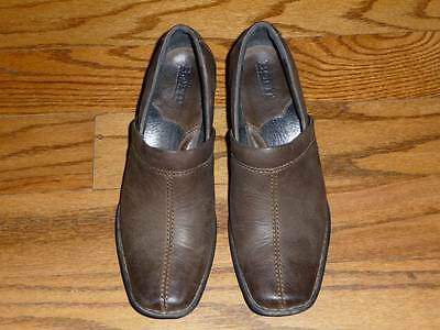Born Brown Distressed Leather Square Toe Heels Slip-on Booties Shoes Sz 6.5