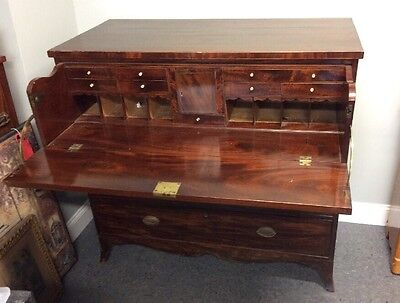 Antique Mahogany Butlers Chest Of Drawers