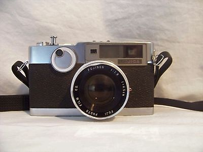 FUJICA V2 35mm Film Camera Metal Body Fujinon 1:1.8 Lens Fully Functional #w51