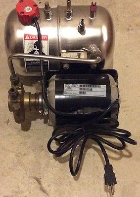 McCanns Soda Carbonator Pump 115 Volts Great Condition Beverage Dispenser