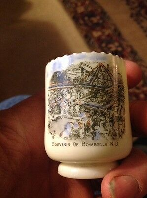 souvenir OF BOWBELLS ND CUSTARD GLASS SCENE TOOTHPICK JENS PETERSON PHOTO ON CUP