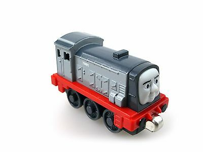 Die-cast THOMAS and friend The Tank Engine take along train-dennis