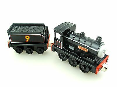 Die-cast THOMAS and friend The Tank Engine take along train-donald with truck