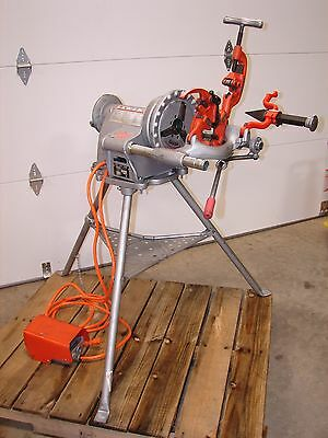 """Very Nice Rigid 300 Pipe Threader with TriStand 1/2"""" - 2"""""""