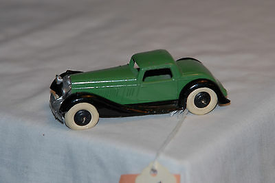 1937 Bentley 1/43 scale, diecast, vintage by Dinky from Emglamd