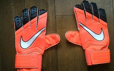 Nike GK Goalie Gloves Size 8 Great Condition Clean and Used Only One Season
