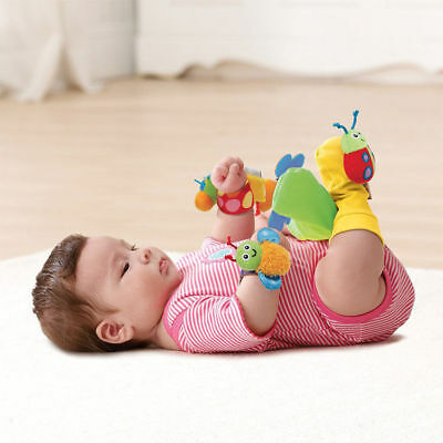 Lamaze Gardenbug Foot Finder and Wrist Rattle Set Baby Interactive Toy/Play