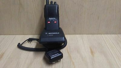motorola sp 50 10 ch vhf portable with charger and mic