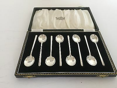 LOVELY CASED SET OF 8 SOLID SILVER COFFEE SPOONS  (BIRMINGHAM 1963) S.Ltd