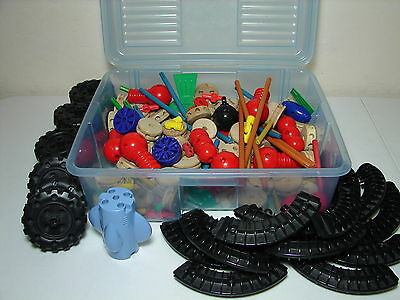 Almost 9 Pounds of TINKERTOYS Real Wood & Plastic Construction Set 100+ Pieces