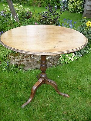 Attractive ANTIQUE TILT-TOP mahogany TRIPOD TEA TABLE
