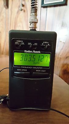 Radio Shack LCD RF Frequency Counter  1-1.3 GHz - Cat No. 22-305