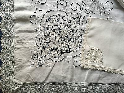 Large white vintage cutwork embroidery and needle lace tablecloth 12 napkins