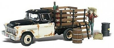 Henry's Haulin 1955 Chevy Truck W/Figure and Acc. N Scale Woodland