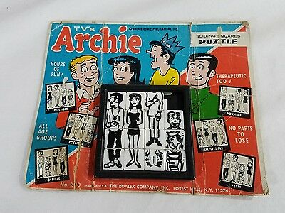 #290 VINTAGE TV's ARCHIE SLIDING SQUARE PUZZLE ON ORIG. CARD h