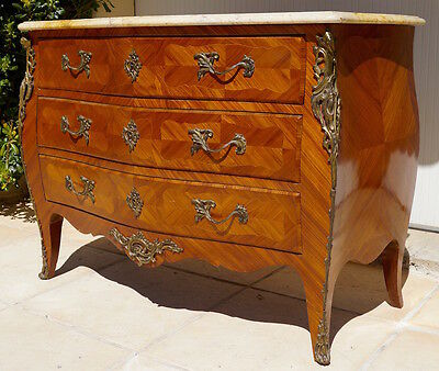 An Antique French Louis XV Bombe Marble Topped Commode / Chest of Drawers