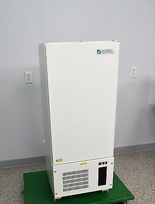 LICONIC STX44 HRSA Automated Floor Lab Incubator Climate Control