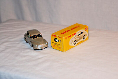Morris Oxford Saloon 159  1/43 scale, diecast, vintage Dinky made in England