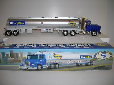 Sunoco Talking  Toy Tanker Truck , lights, sounds new boxed lot # 10832