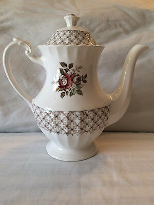 J & G Meakin England Classic White FLORENTINE Coffee/Tea Pot