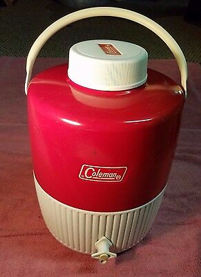Vintage Coleman Red & White Metal & Plastic Cooler Thermos Jug Picnic 2 Gallon
