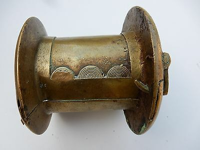 Nigeria | cuff bracelet from the Vere people in the east ? | Cast brass 11 cm