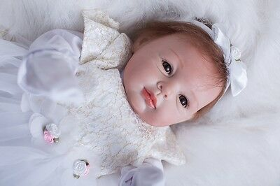 """STOCK IN UK 22"""" Silicone Realistic Real Life Dolls Gift Reborn Baby Doll"""