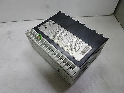 SICK LIGHT CURTAIN INTERFACE - SAFETY RELAY 1013410 -- LCUX1-400 DC24 Supply