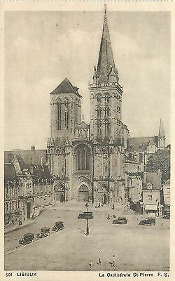 14 Lisieux Cathedrale St-Pierre - Voitures