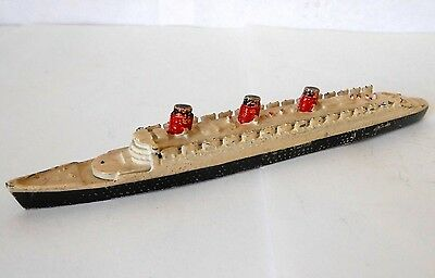 Dinky Cunard White Star Queen Mary Liner 52a pre-war collectable item
