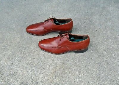 Vintage Florsheim Brown Leather Men's Shoes. Size 9 1/2