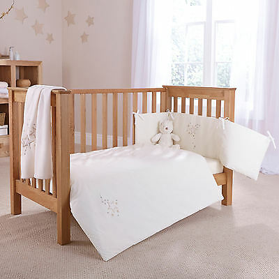 New 4Baby Shooting Star Cream Cot / Cot Bed 2 Piece Quilt & Bumper Bedding Set