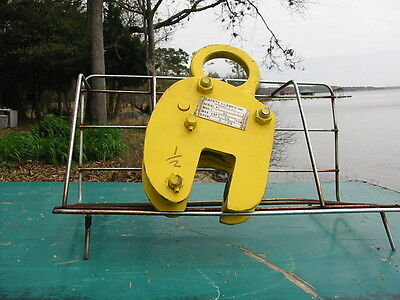 "Safety Clamps Inc. Model VL  Lifting Clamp 1/2 Ton 0-1 3/8""  Serial  #999965"