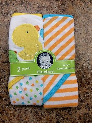 Gerber 2-Pack Neutral Duck Stars Stripes Terry Hooded Towels BABY SHOWER GIFT!