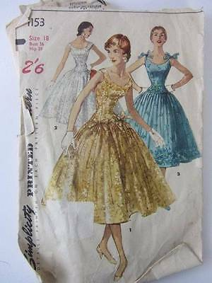 Vintage 1950's simplicity sewing pattern party prom ball one piece dresses full