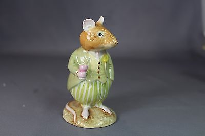 Royal Doulton Brambly Hedge Figurine Conker DBH21