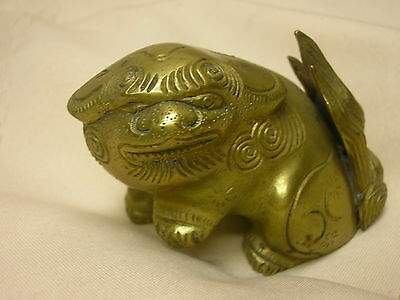 Lucky Chinese Foo Fu Dog Statue Ornate Detail Guardian Fengshui
